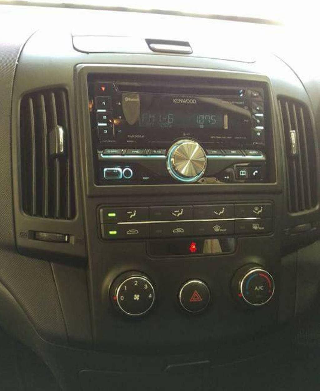 Hyundai I Stereo Installation