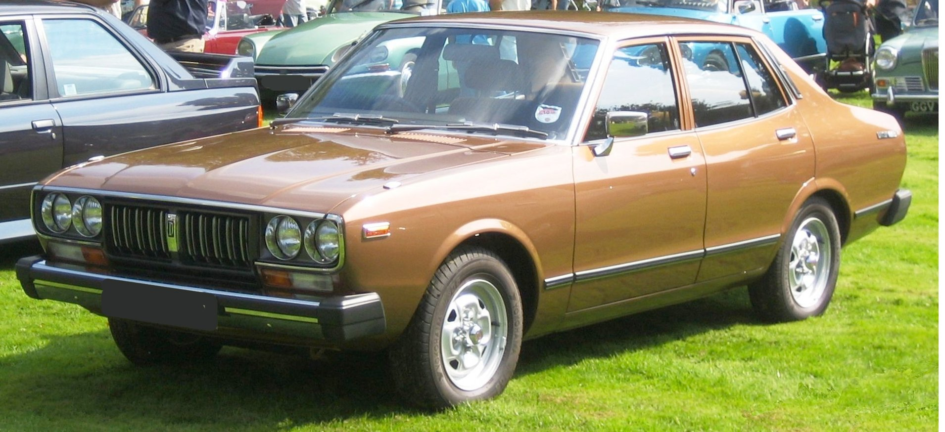 Nissan Datsun 200B 1977-1981