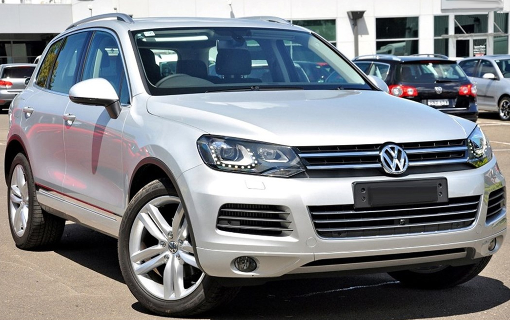 volkswagen touareg 2010 aerpro. Black Bedroom Furniture Sets. Home Design Ideas